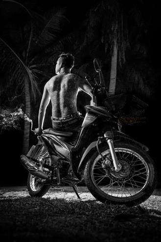 #ajarnmeuk #sakyantmaster #orangemarcus #iam_orangemarcus #thai #yantra #yant #sakyant #buddhist #religious #tattoo #huahin #chaam