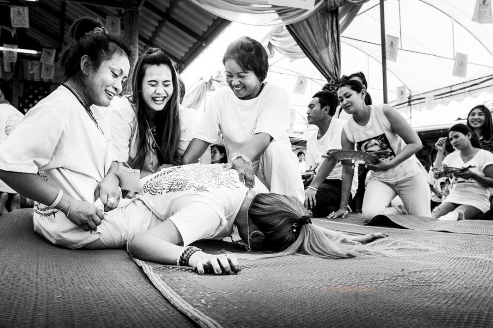 #orangemarcus #iam_orangemarcus #event #documentary #ajarnmeuk #ajarn #ajarnday #sakyant #sakyanttrance #trance #chaam #huahin